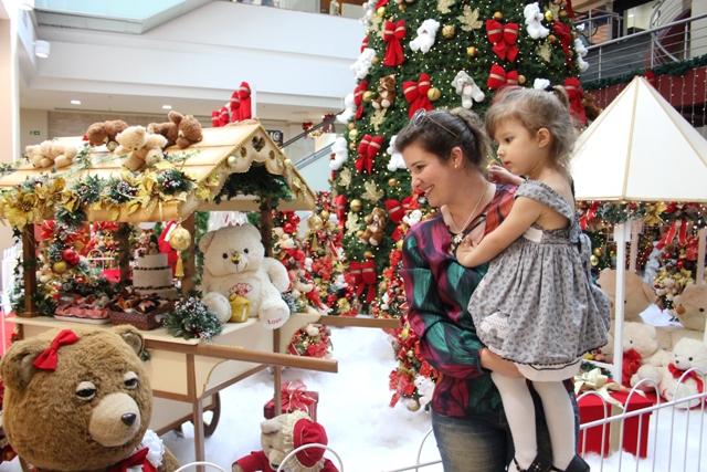 Nas ruas e lojas já é Natal - Royal Plaza Shopping