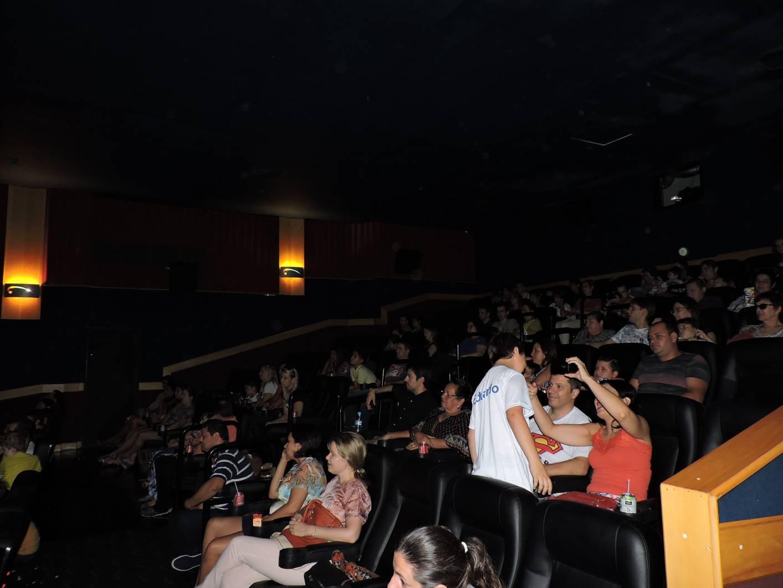 Um dia especial no cinema - Royal Plaza Shopping