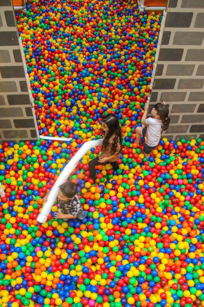 Castelo de cores e diversão - Royal Plaza Shopping