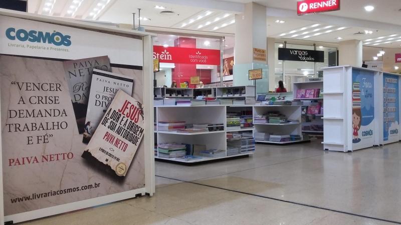 Feira do Livro Cosmos - Royal Plaza Shopping