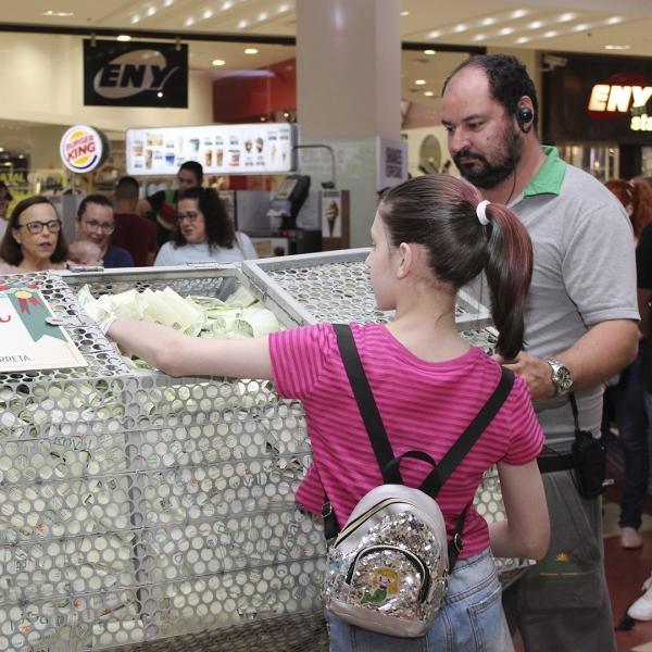 PROMOÇÃO PRESENTE DE NATAL JÁ TEM SEUS GANHADORES - Royal Plaza Shopping
